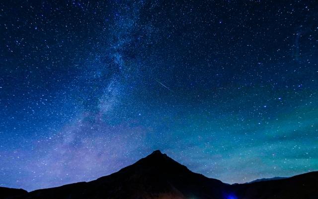 オリオン 座 ベテルギウス オリオン座の巨星に異変、超新星爆発が近い?